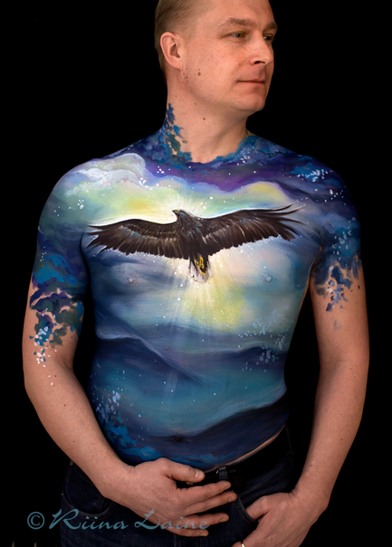 Eagle body painting by Riina Laine | www.riinalaineartist.com