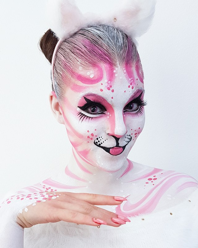 Cat face painting for Uusi Päivä TV show (YLE) | Artist & photo: Riina Laine